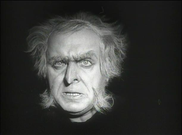 Rudolf Klein-Rogge as Dr. Mabuse