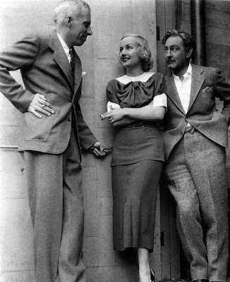 Hawks, Lombard and Barrymore during a break from filming Twentieth Century