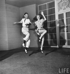rita_hayworth_dancing_with_fred_astaire