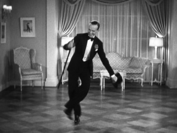 Shall-We-Dance-ginger-rogers-and-fred-astaire-in-shall-we-dance-29085290-700-529