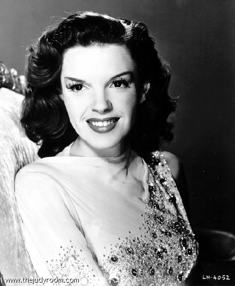 judy garland in between