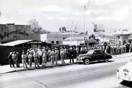 front-entrance-hollywood-canteen