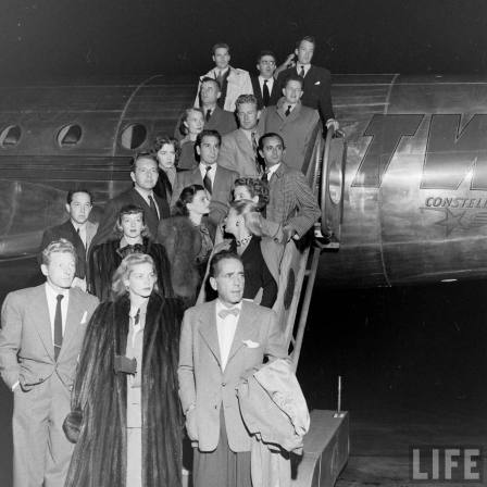 Hollywood contingency of ___ arrive in DC to protest the HUAC hearings