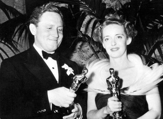 Tracy with his Boys Town Oscar alongside Bette Davis, Best Actress for Jezebel