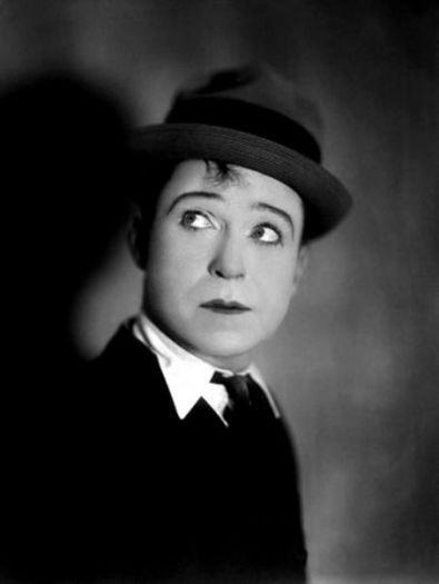 Harry-Langdon-comedian