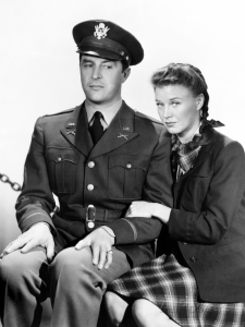 Publicity still of Milland and Rogers