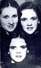 online-vaudeville-Gumm-Sisters