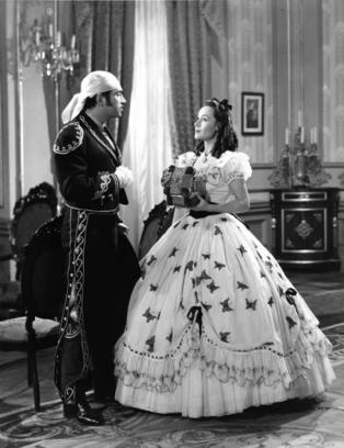 Armendariz and Dolores Del Rio in BUGAMBILIA (1944)