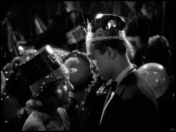 Carole-Lombard-and-Jimmy-Stewart-New-Year's-Eve-Kiss-from-Made-For-Each-Other