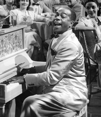 Dooley Wilson as Sam in CASABLANCA