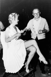 Marilyn-Monroe-with-director-Billy-Wilder-on-the-set-of-The-Seven-Year-Itch