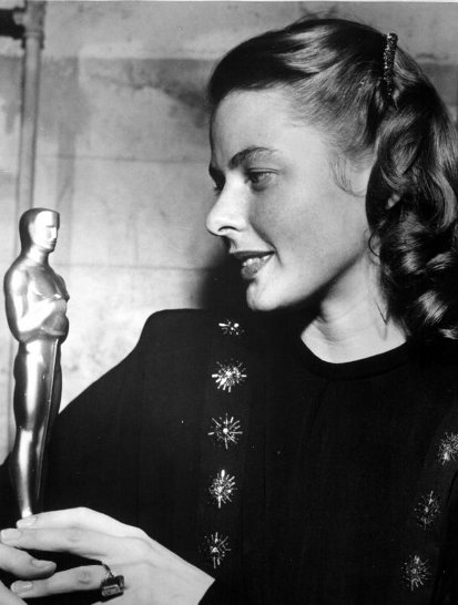 Ingrid with her first Oscar statuette for Gaslight