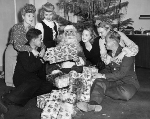 Eddie Cantor plays Santa