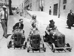 Carole Lombard & Jackie Coogan (center) with Groucho and Harpo on the Paramount lot in 1933