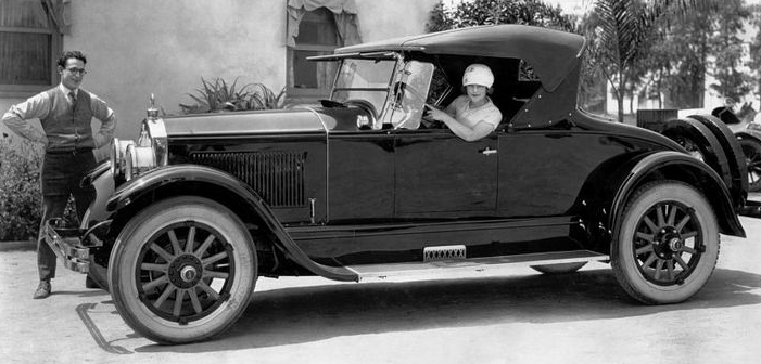 Harold Lloyd and wife Mildred Davis and their Buick