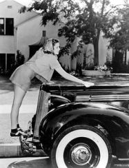 Judy Garland waxing her car