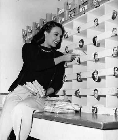 Lena Horne checking for fan mail