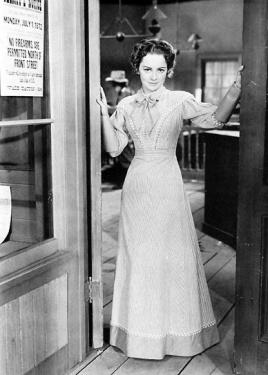 On set of Dodge City 1939