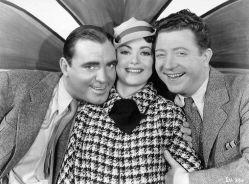 Pat O'Brien, Olivia de Havilland, Frank McHugh in The Irish in Us