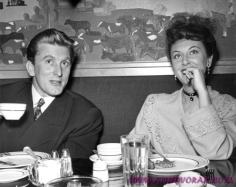 Ann Dvorak & Kirk Douglas at the Fox Commissary