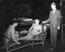 On set - Colin Clive, Elsa Lanchester, James Whale