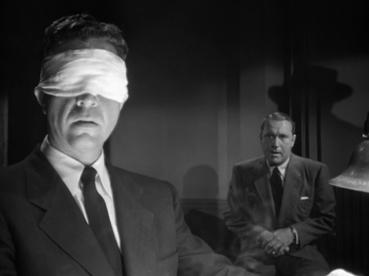 Dick Powell as Marlowe in Murder, My Sweet