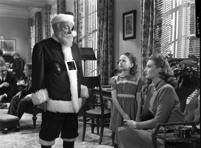 Edmund Gwenn, Natalie Wood, and Maureen O'Hara in a scene from MIRACLE ON 34TH STREET.