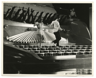 Typewriter dance routine in READY, WILLING and ABLE (1937)