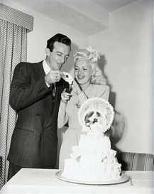 Harry James marries Betty Grable