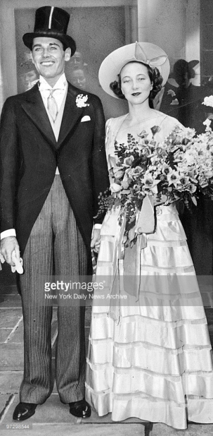 Henry Fonda and bride Frances Seymour Brokaw
