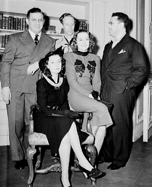 David O. Selznick, Vivien Leigh, Leslie Howard, Olivia de Havilland, and George Cukor