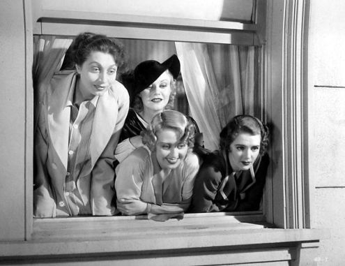 Aline MacMahon, Ginger Rogers, Joan Blondell & Ruby Keeler in Golddiggers of 1933