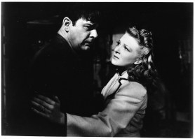 Lon Chaney Jr. and Evelyn Ankers in THE WOLF MAN