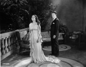 Lupita Tovar in Spanish-language Dracula