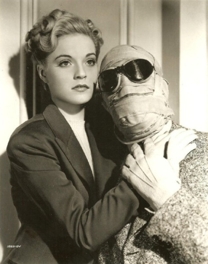 Nan Grey in The Invisible Man Returns