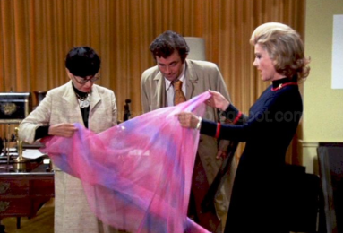 Edith Head in Columbo