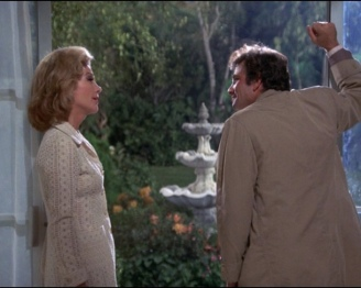 Nora and Columbo discuss her fountain