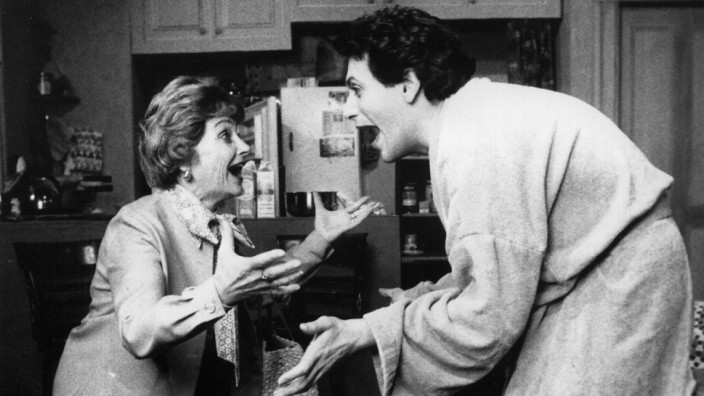 Estelle Getty and Harvey Fierstein in Torch Song Trilogy