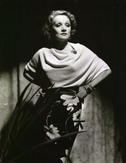 Dietrich in Banton
